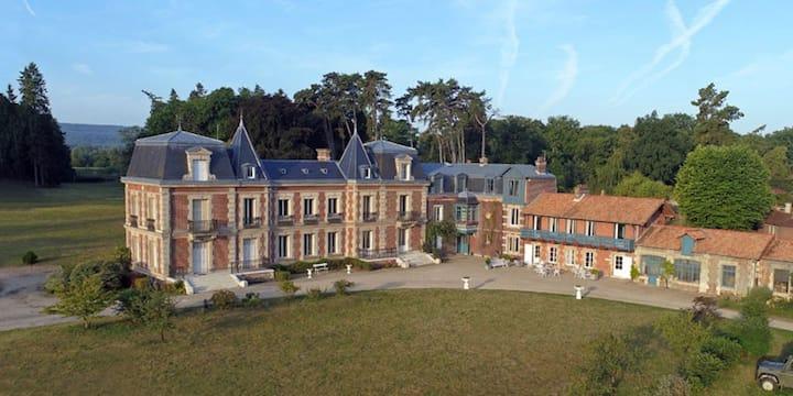 Chambres d'hôtes Château Le Quesnoy: Chbre du Parc