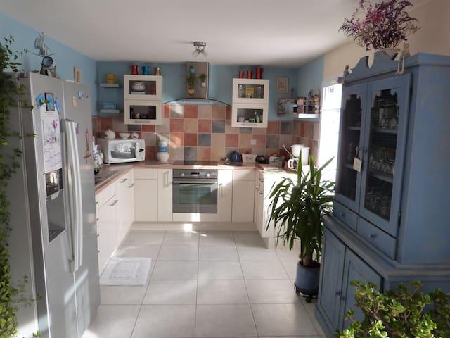 petite maison de bord de mer(86 m2) - Le Fenouiller - Casa
