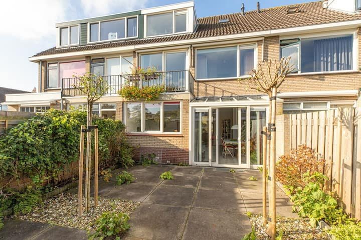 Nice house with a sunny garden 15. from Rotterdam