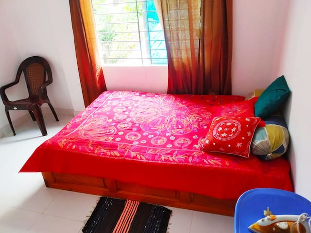 Ur Homestay® the best/AC+Secured+LIFT+WIFI @Uttara