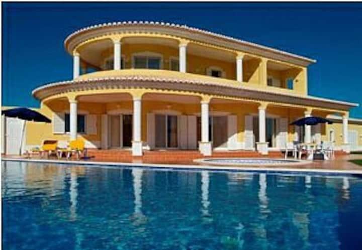 Villa with big private pool