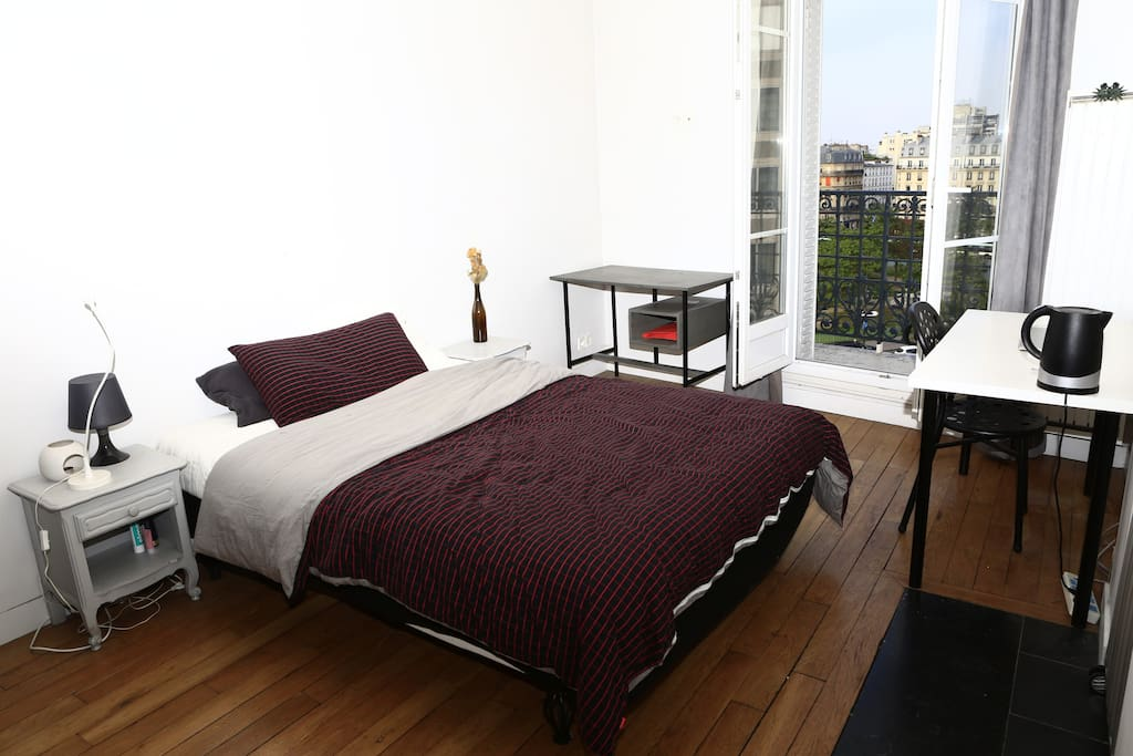 sympa chambre 30 seconds m tro place d 39 italie maisons. Black Bedroom Furniture Sets. Home Design Ideas