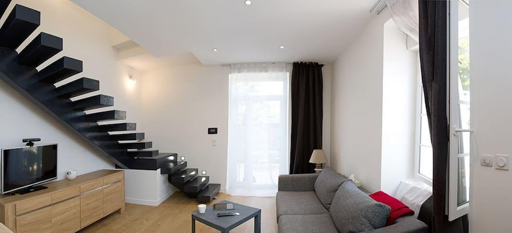 T2 en Duplex au Château de Montjay - Saint-Quentin-Fallavier - Appartement en résidence
