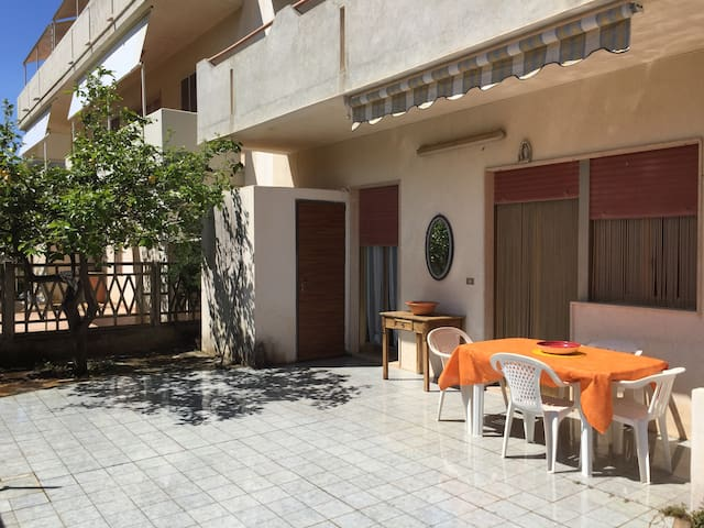 "Casa ""Sarina"" a 150 metri dalla spiaggia - Caucana-finaiti-casuzze-finaiti Nord - Apartamento"