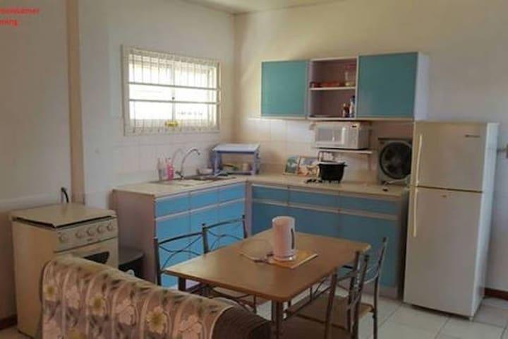 Small two aircobedrooms apartment. - Paramaribo - Leilighet