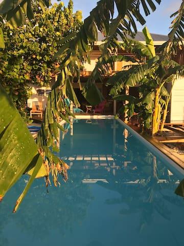 Chambre privée ,Face mer, piscine