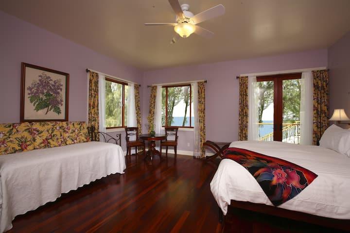 Elegant Nature Suite at Hawaii Island Retreat