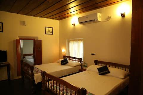 Verdant Heritage Bungalow  (Entire Upper Floor)