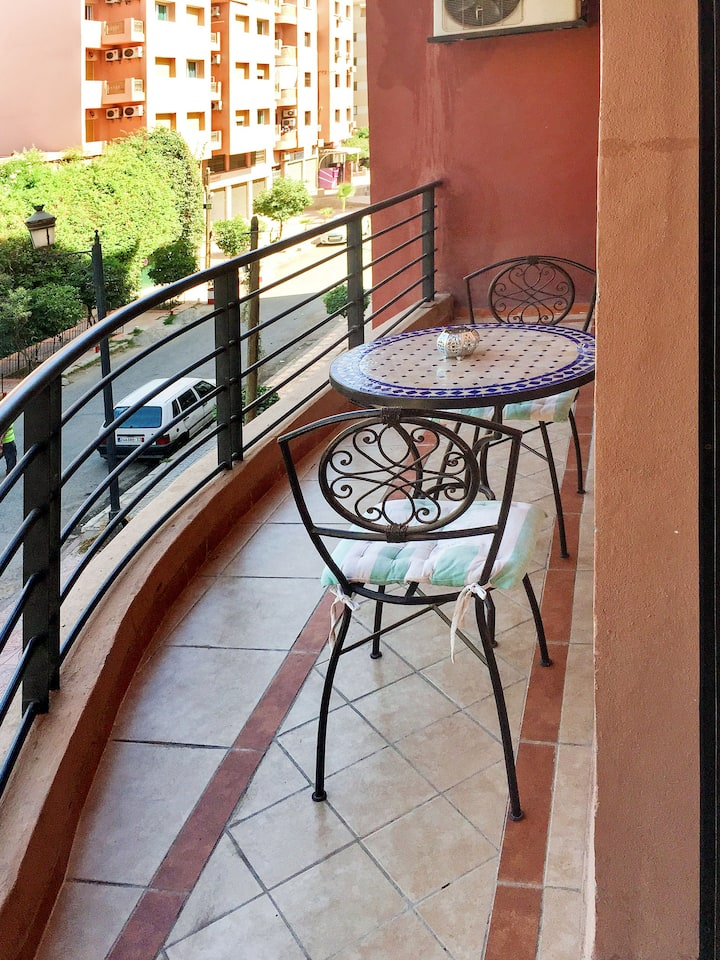 Apartment with 2 bedrooms in Marrakech, with furnished balcony and WiFi - 60 km from the slopes