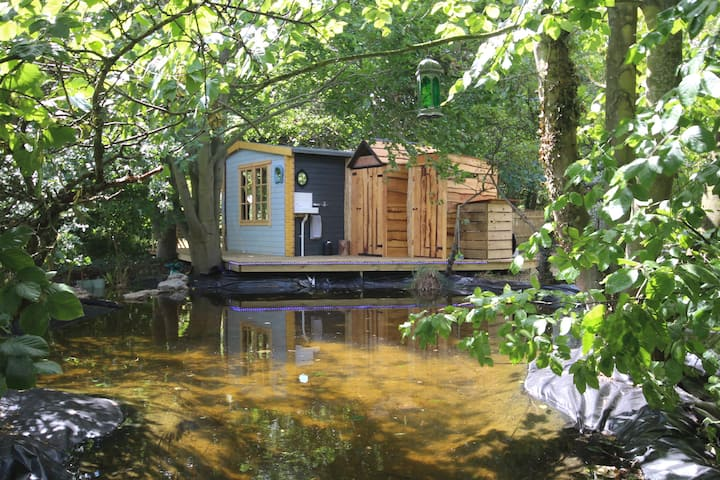 Goat Camp! 'Safari-style' magical hideaway