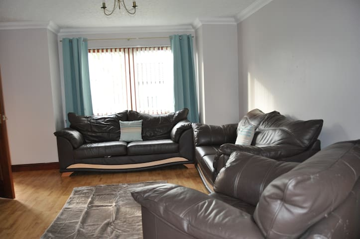 2 Bedroom Apartment-Duthac