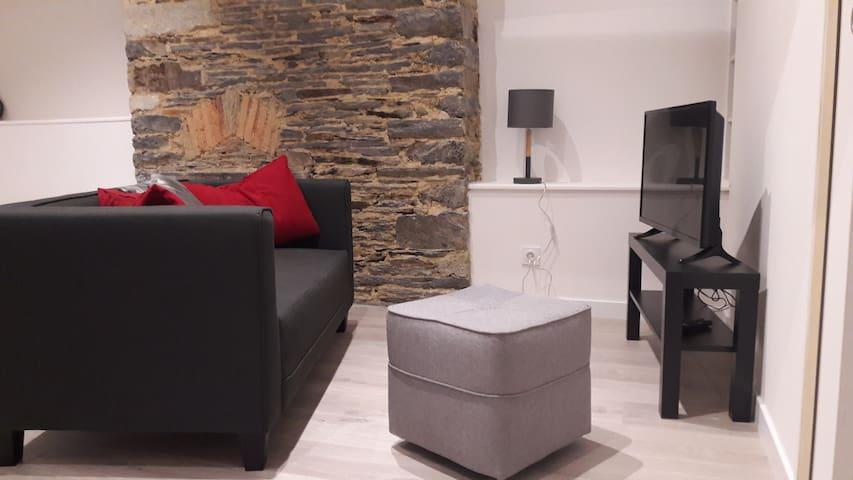 Appartement confortable dans le centre historique - Vitré - Byt