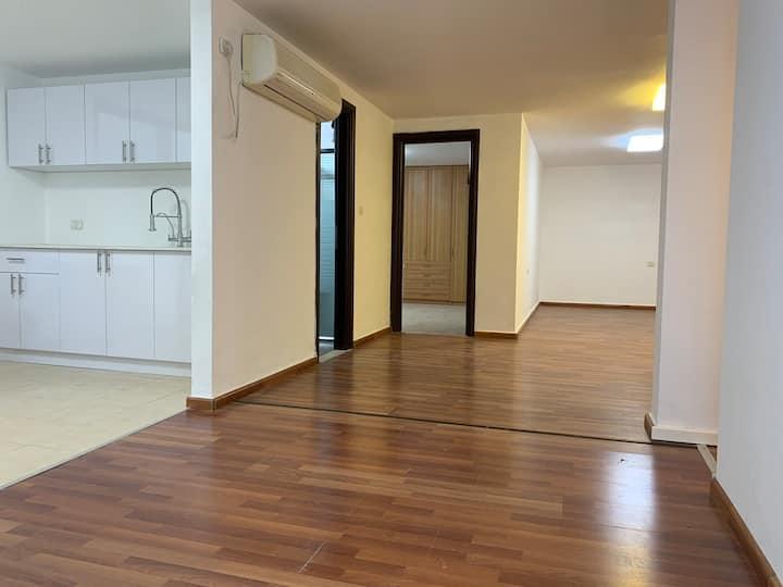 Kefar Yona - 128m, 3 BR Apartment with small yard.