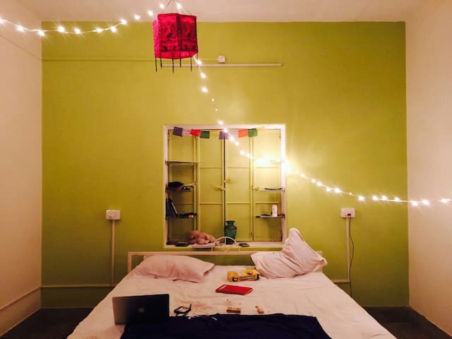 SuperBlox Hostel at Assi Ghat - Varanasi - Bed & Breakfast