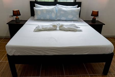 Affordable large private rooms with air con