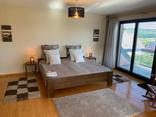 Calm panorama double room in St.Vith near RAVel