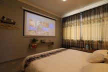 3D豪华影院大床A(免费接送)位乌镇景区东西两栅之间,点击我的图像查看其它房型,房间配置进口洗漱用品