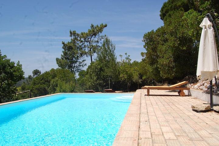 Vivenda com piscina privada