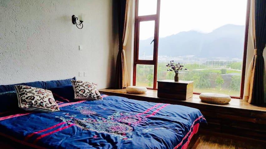 榻榻米大床房 - Dali - Hostel