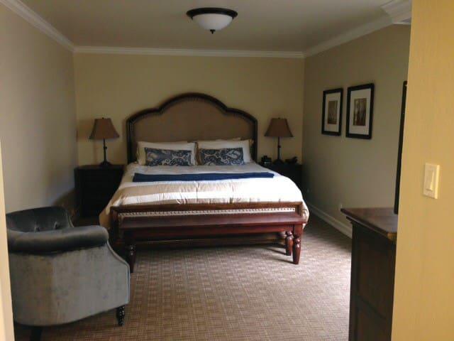 SILVERADO RESORT 1br suite condo - Napa