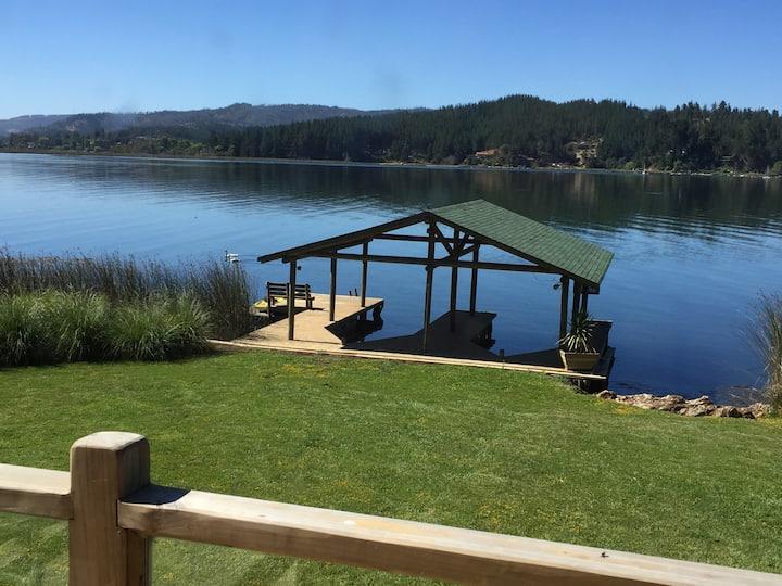 Lago Vichuquén, Totorilla, casa a orillas del lago