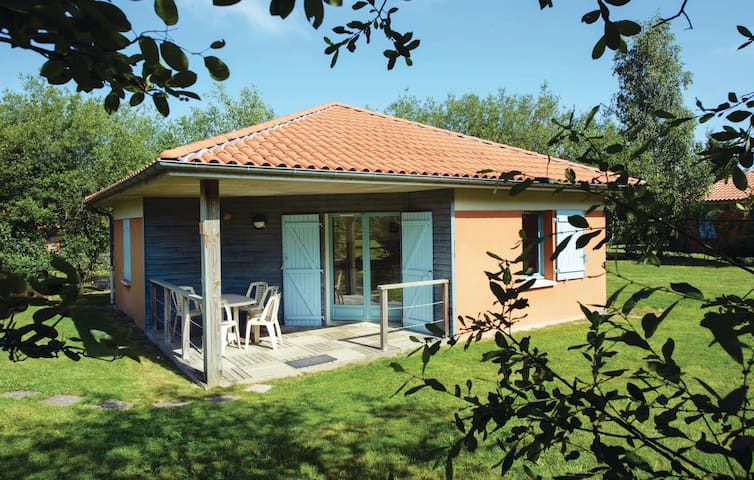 Holiday apartment with 2 bedrooms on 51 m² in LE FUILET