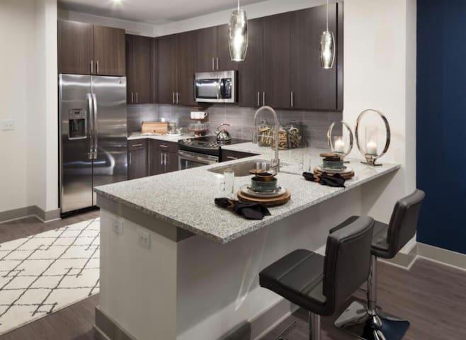 Upscale 1 Bedroom Condominium - Dallas - Apto. en complejo residencial