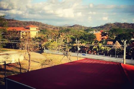 Pvt Bedroom Av Central - Tamarindo - Tamarindo - Condomínio