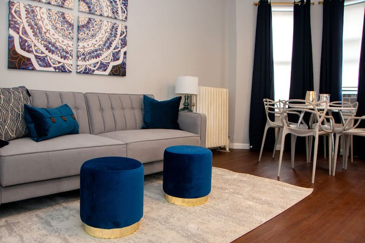 ★ Sunny and Stylish 1-Bedroom Apartment! ★