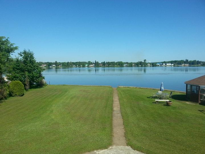 Appartement sur le bord d'un Lac