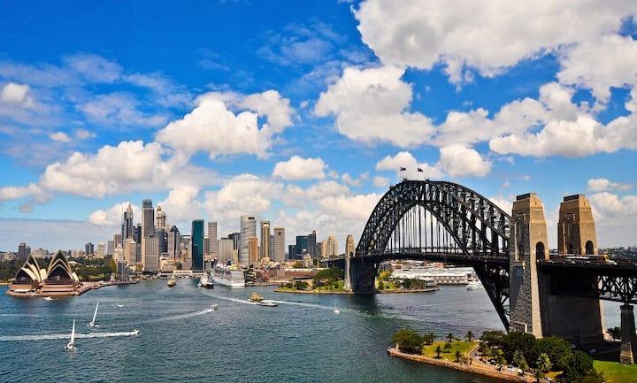 Sydney Harbour Bridge Luxe Studio w/ Perfect Views