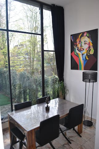 Appartement atypique-Jardin/Parking - Prox. Gares - Lille - Apartamento