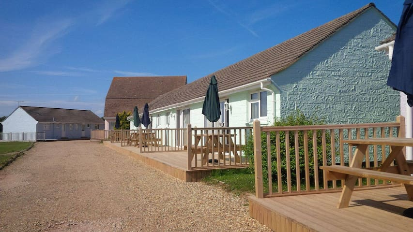 Premier 2 bed cottages In Seaview Isle of Wight - Seaview - Bungalov