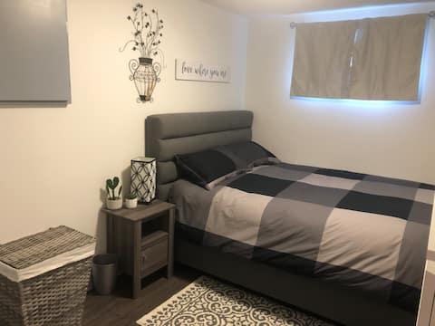 Private suite - new comfy & homey basement suite