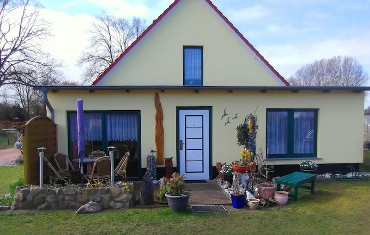 Separate Ferienwohnung an der Ostsee - Wittenbeck - Dépendance