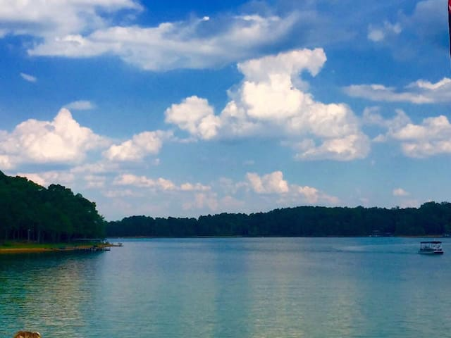 Relaxing retreat on Lake Hartwell. - Hartwell - Talo