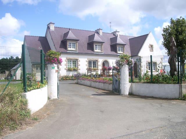 Belle résidence avec piscine
