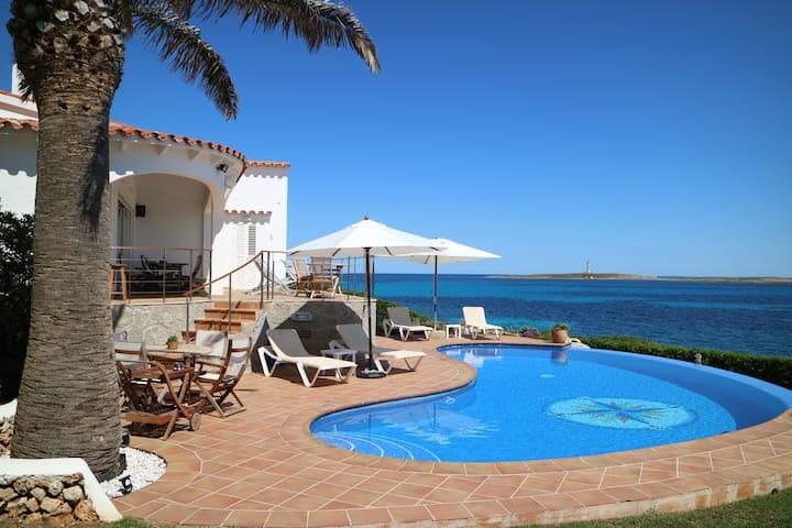 Suite ROMERO, con piscina, CASA MILOS B&B Minorca