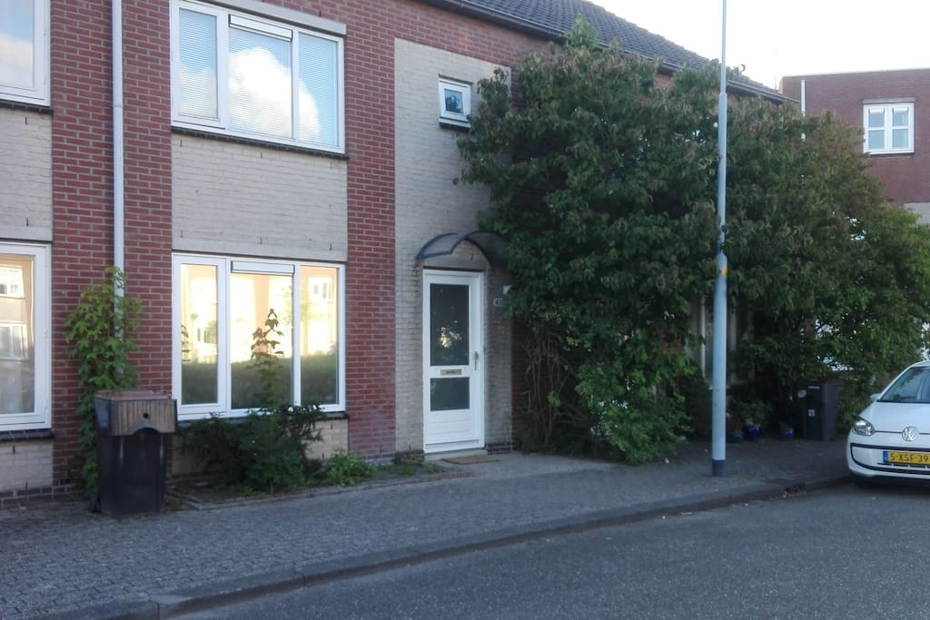 Nice house centrally located amsterdam and sea case in for Case amsterdam affitto