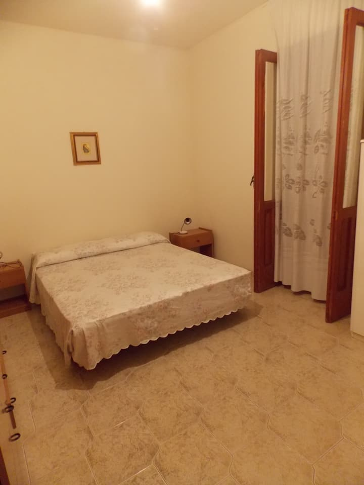 Piccolo appartamento con mini angolo cottura