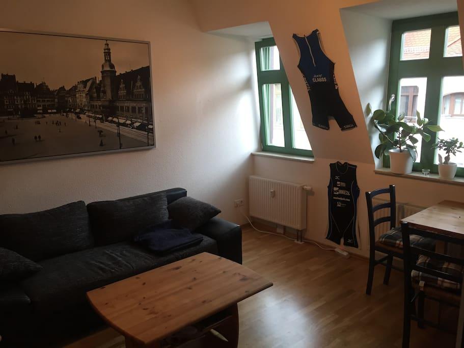 2 raum wohnung am lindenauer markt wohnungen zur miete. Black Bedroom Furniture Sets. Home Design Ideas