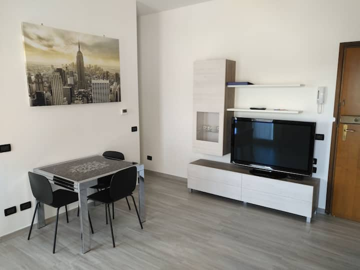 Fast Internet Apartment - Fiera District