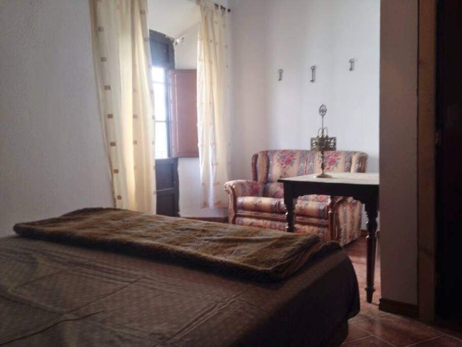 Habitación doble. Disponible también para 1 sola persona.
