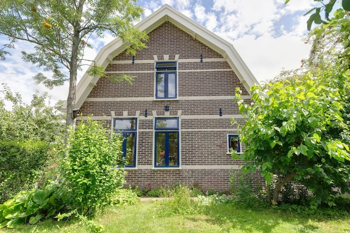 Semi-detached house in North Holland Krabbendam, within cycling distance Schoorl