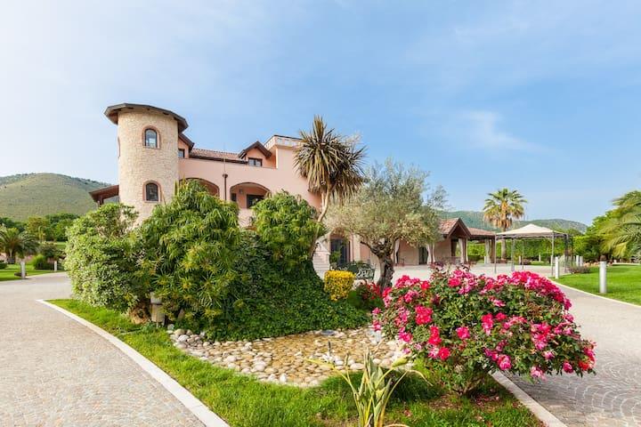 Bellissima suite vicino Caserta - Marano - Apartamento