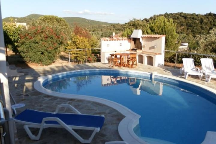 Cozy Villa in Roquebrun with Private Pool