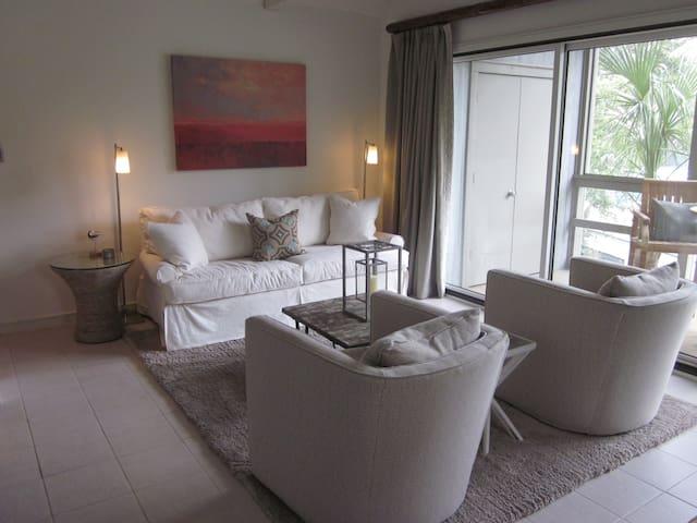 1BR KI Villa. 1 block from beach! - Kiawah Island - Villa