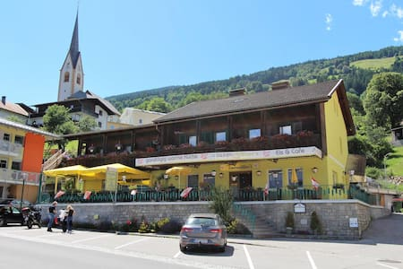 Charmantes Apartment in Winklern mit Terrasse