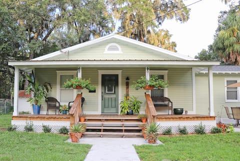 Vintage Cottage - 1,6 km do campus da UF