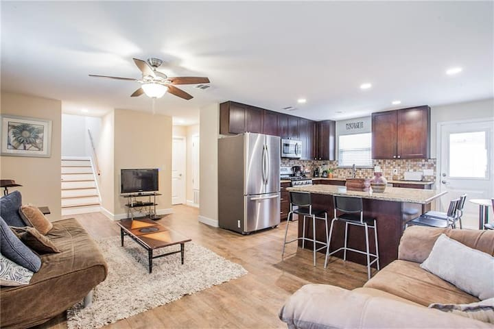3 bedrooms in Zilker and minutes to downtown